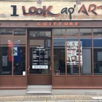 1 Look ap'Art